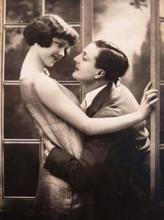 Love or Infatuation ?   1920s portrait postcard