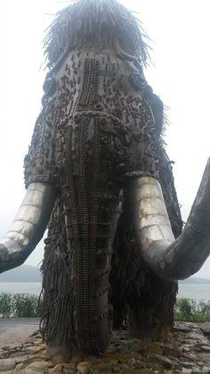 """Time"" by Yuri Rudenko, Magadan, Russia. https://twitter.com/Steampunk_T/status/494537608869863424 #Sculpture #MetalArt #Recycled #Mamouth #steampunk"