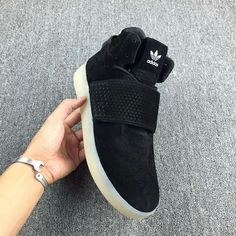 76947bc0fc9bb Discount Adidas Tubular Invader Strap Core Black Noir White blanc Youth Big  Boys Sneakers