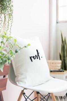 DIY Needle Felted Lettered Cushion   fallfordiy