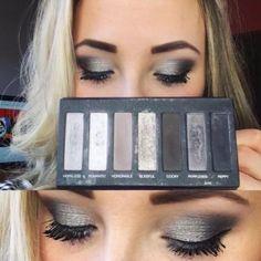 smokey eye Younique eyeshadow palette