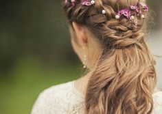 10 Hairstyles You Can Make in Less Than 2 Mins