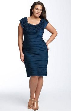 Modelos de vestidos para señoras de 50 años