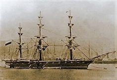 Corbeta Esmeralda, uno de los buques protagonistas de la Guerra del Pacífico, como parte de la escuadra de la Armada de Chile. Fue hundida en la rada del puerto de Iquique el 21 de mayo de 1879.