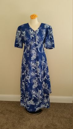1970s to 1980s Hawaiian Dress with matching by PiecesBoutique