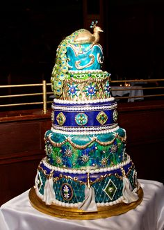 My dear friend Rachel made this INSANE cake for her sister's wedding... AND it was DELICIOUS!