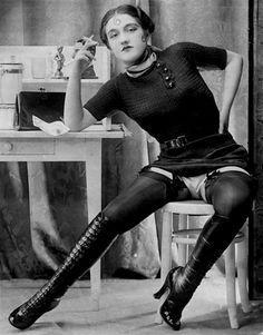   La fétichiste, 1930s, photographer Yva Richard
