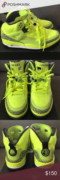 41ca210102 Jordan SpiZike BHM Size 10.5 Worn Only Twice Rare. Super Clean Jordan Shoes  Sneakers