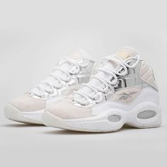 69b069991456e6 Instagram post by Sneaker Bar Detroit • Oct 17
