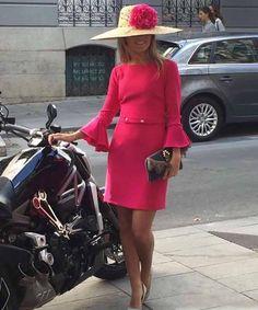 Una monada de vestido! #boda #hermananovia #alquileryventa #bygitano #invitadas perfectas #conchitasaiz #madrina #fiesta #eventos #alquilerdetocados #invitadaperfecta