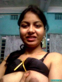 Indian Beautiful Housewife Hot Romance with Servent in ...