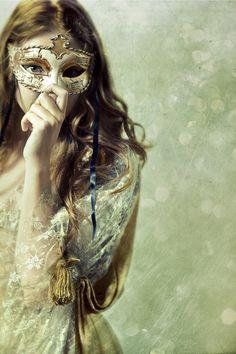 (32) masquerade | Tumblr