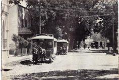 Tranvías arrastrados por caballos en algunas de las colonias de la periferia de la Ciudad de México.
