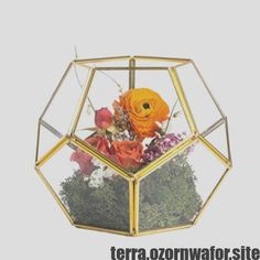 Brass Copper Gold Pentagonal Dodecahedron Ball Geometric Glass Terrarium Centerpiece Handmade Candle Holder for Wedding Table Top Decoration, No Plants Included Mirror Centerpiece, Non Floral Centerpieces, Terrarium Centerpiece, Candle Centerpieces, Wedding Centerpieces, Pillar Candles, Wedding Table, Gold Terrarium, Terrarium Wedding