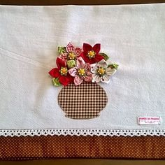 Dishcloths with yoke Patch Quilt, Ribbon Embroidery, Embroidery Stitches, Sewing Crafts, Sewing Projects, Fabric Cards, Happy New Year Greetings, Applique Designs, Diy And Crafts