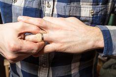 Saç kremi için 17 serin ve faydalı kullanım Breakup, Rings For Men, How To Remove, Wedding Rings, Stock Photos, Engagement, Divorce, Marriage, Serin