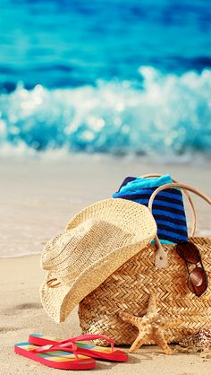 ↑↑TAP AND GET THE FREE APP! Art Creative Sky Bag Beach Travel Vacation Sun Holiday HD iPhone 5 Wallpaper