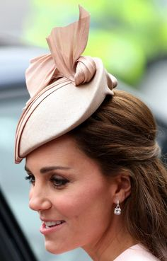 Catherine, Duchess of Cambridge leaves the Observance for Commonwealth Day Service at Westminster Abbey on March 9, 2015 in London, England.
