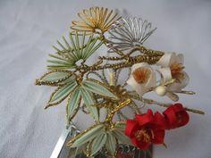 - Yahoo!ブログ Goldwork, Arts And Crafts, Diy Crafts, Kanzashi Flowers, Some Ideas, Japanese Culture, Flower Crafts, Shibori, Geisha