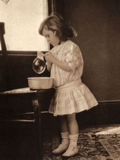 The Antique Geek - thehystericalsociety:   Soap Bubbles - 1915 -...