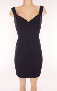BLACK HALO Little Black Dress Size 4 S Small Evening Cocktail #BlackHalo #Sheath #LittleBlackDress