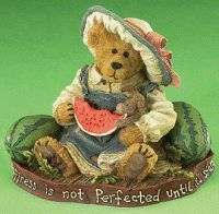 Country Alamode Sells Retired Boyds Bears and Resin Dolls Boyds Bears, Teddy Bears, Glass Figurines, Resin, Plush, Diy Crafts, Barns, Children, Snow Globes