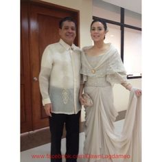 Dawn Zulueta, in a Cary Santiago gown, poses with her husband, Anton Lagdameo before attending President Aquino's 2013 State of the Nation Address. Modern Filipiniana Gown, Filipiniana Wedding Theme, Girl Fashion, Fashion Show, Fashion Outfits, Classy Wedding Dress, Wedding Dresses, Filipino Wedding, Filipino Fashion