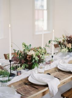 Read More: https://www.stylemepretty.com/living/2018/02/21/a-baby-shower-inspired-by-a-love-of-baths-unique-florals-and-good-food/