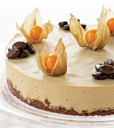 Valkosuklaaunelma Cheesecakes, No Cook Meals, No Bake Cake, Deli, Camembert Cheese, Food And Drink, Baking, Party, Cooking Food