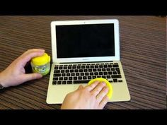 Cyber Clean laptop and keyboard - Apple MacBook Air. How to use How to clean. Review