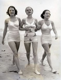 beach beauties, 1930's