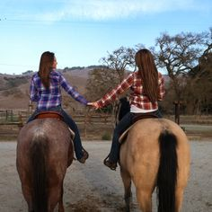 .I wanna a picture like this with my best friend <3