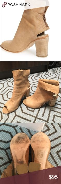 Free People Golden Road booties sz 37 Gently worn, Free People Golden Road peep toe booties. Can be worn 2 ways as seen in picture. Size 37. Tan leather Shoes Ankle Boots & Booties