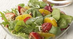 Field Greens with Oranges, Strawberries and Vanilla Vinaigrette