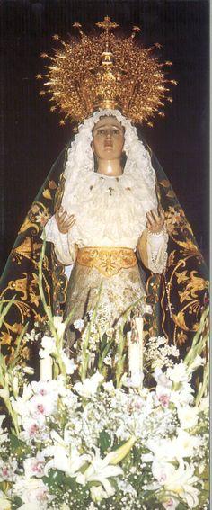 Semana Santa 1999 Hermandad de Nuestra Señora de la Esperanza Fotografía de Ramón Herráiz Postal editada por Tomebamba Ediciones en la Semana Santa de 1999 #SemanaSanta #Cuenca #HermandadVirgenEsperanza