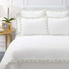 AERIN Applique Scallop Green Duvet Cover