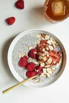 3 cups unsweetened almond milk, 1/2 c chia seeds, 1-3 tbs maple syrup. Whisk together and let soak in fridge for 2-3 hrs or overnight
