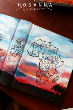 Beautiful custom design for one of our buyers. Hand painted map of Africa on the cover of her Bible. Visit our website to see how you can design a custom Bible with us! regozijar-se no Senhor sempre novamente eu vou canção dizer regozijar Bible Verse Painting, Scripture Art, Bible Art, Bible Verses, Bible Notes, My Bible, Cute Bibles, Bibel Journal, Bible Prayers