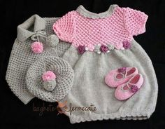 Одноклассники Baby Emily, Knitting Patterns, Crochet Patterns, Baby Pullover, Baby Sweaters, Kind Mode, Baby Knitting, Girls Dresses, Baby Dresses