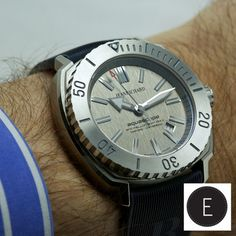 """Angus Davies talks about """"a state of mind"""" as he reviews the limited edition JEANRICHARD Aquascope The BNY Mellon Boat Race. This limited edition watch celebrates the annual rowing event where Oxford and Cambridge compete.  http://www.escapement.uk.com/articles/jeanrichard-aquascope-the-bny-mellon-boat-race.html"""