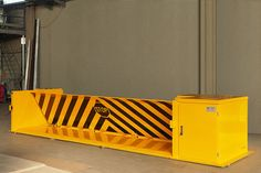 Road blockers are impact resistant barriers realized for the protection of high risk areas, to prevent the intrusion of unauthorized vehicles High Risk, Access Control, Garage, Magazine, Technology, Vehicles, Outdoor Decor, Design, Carport Garage