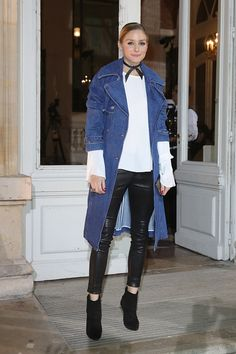 Olivia Palermo attends the Paul & Joe show as part of the Paris Fashion Week Womenswear Fall/Winter on March 7 2017 in Paris France Olivia Palermo Outfit, Look Olivia Palermo, Olivia Palermo Street Style, Estilo Olivia Palermo, Olivia Palermo Lookbook, Fashion Week Paris, Winter Fashion, Business Outfit, Fashion Mode