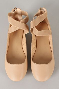 Bamboo Standouts-17A Leatherette Criss Cross Round Toe Ballet Flat #balletshoes