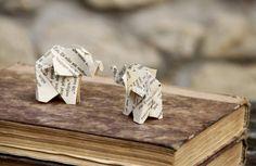 Bookogami-Elefanten / Origami aus alten Buchseiten