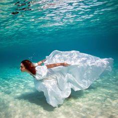 Bahamas Girl – Une mère et sa fille réalisent de superbes photographies aquatiques (image)
