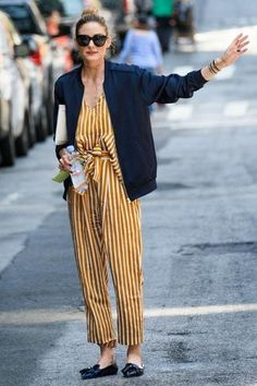 olivia palermo´s street style, she rocks a striped jumpsuit with a blue silk bomber jacket and loafers Street Style Outfits, Mode Outfits, Street Styles, Estilo Olivia Palermo, Olivia Palermo Style, Mode Style, Style Me, Printemps Street Style, Boho Outfits