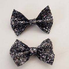 Glitter Bow.. cute :)