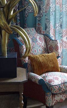 Luxury designer interiors, furniture, fabrics and wallpapers by William Yeoward - supplying the design trade with designer furniture and luxury home accessories since