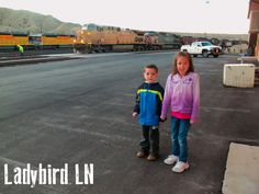 Ten Tips for Train Travel with a family!  A must read if you are thinking about train travel!
