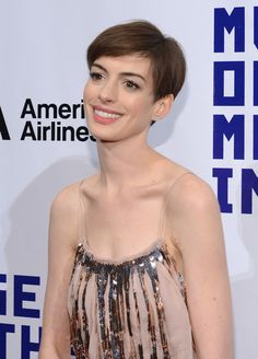 Anne Hathaway Photos - Museum Of Moving Image Salutes Hugh Jackman ...
